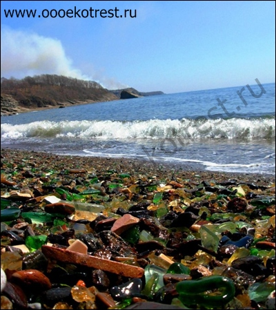 Пляж из стекла Форт Бригг
