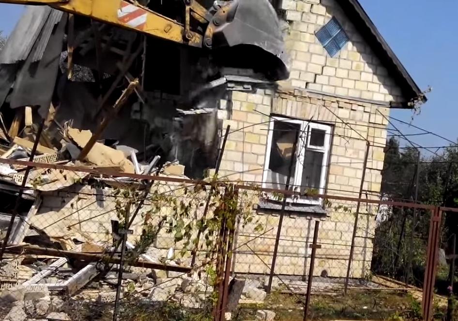 Демонтаж дома под ключ в Апрелевке